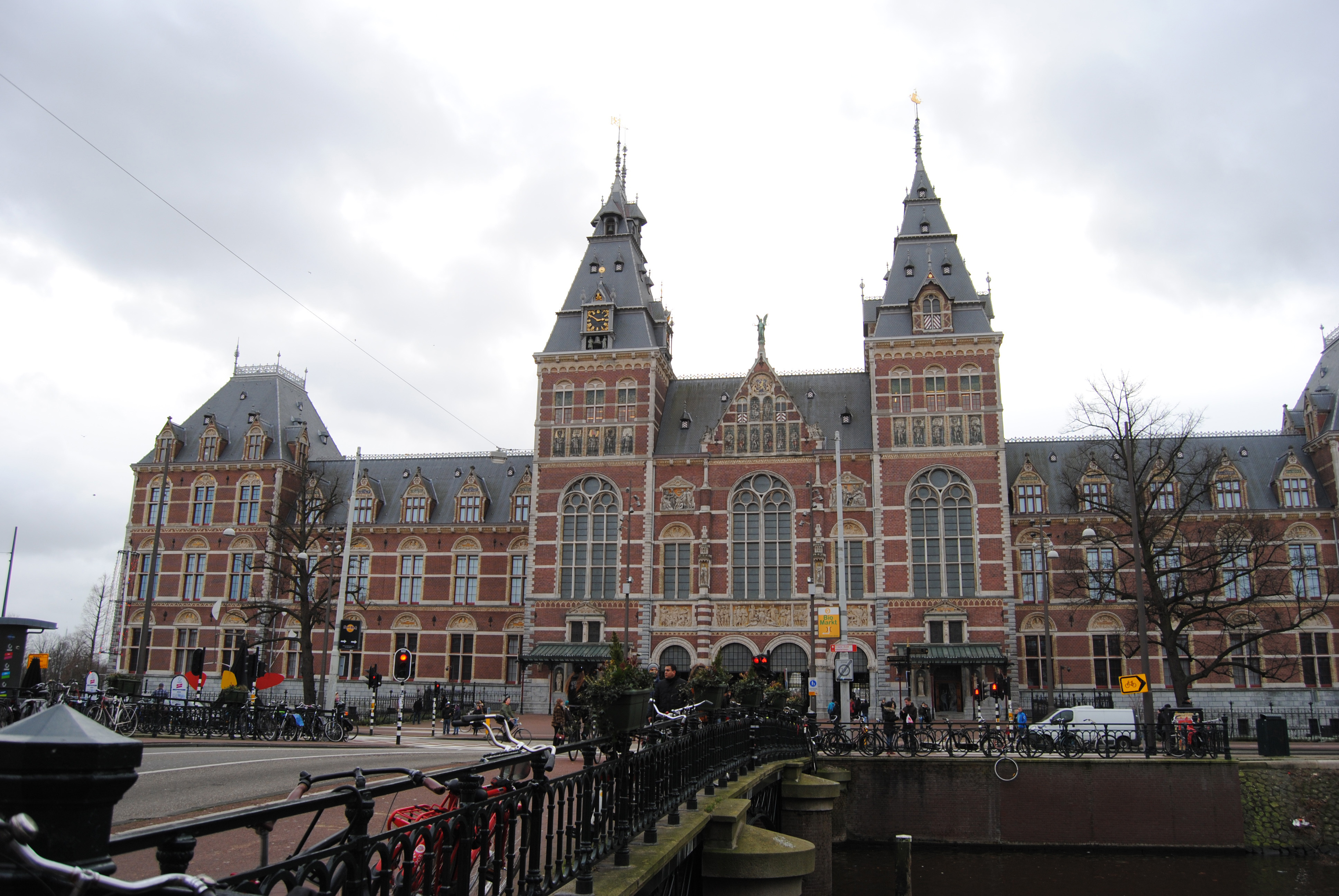 5 things i m happy i paid extra for darkk horse travel for Museum amsterdam
